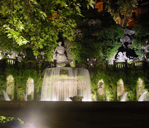 Fontana dell'Ovato di notte